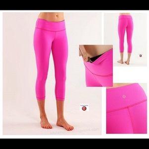 Lululemon Hot Pink Reversible Wunder Under Crop